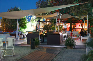 The Garden Lounge season opening