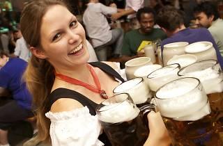Züri Wiesn, Oktoberfest am Hauptbahnhof, Zürich, Kerstin Cook, Bier, Festzelt, Miss Schweiz, cp9