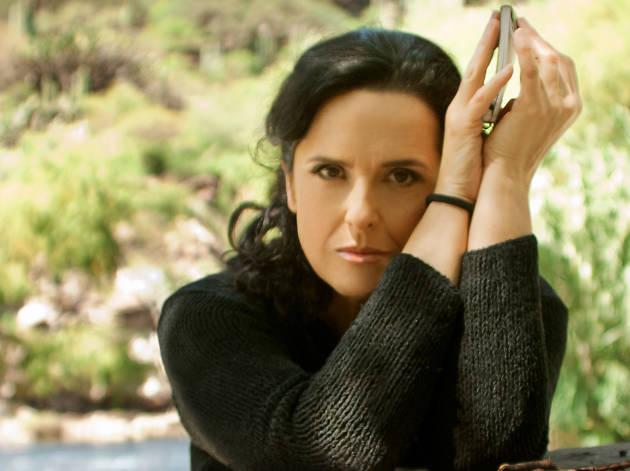 Entrevista con Cecilia Toussaint para hablar de su trayectoria y su nuevo disco, Faro