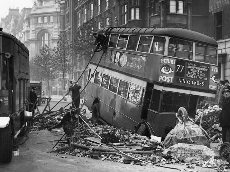 Nine stirring photos of London during the Blitz