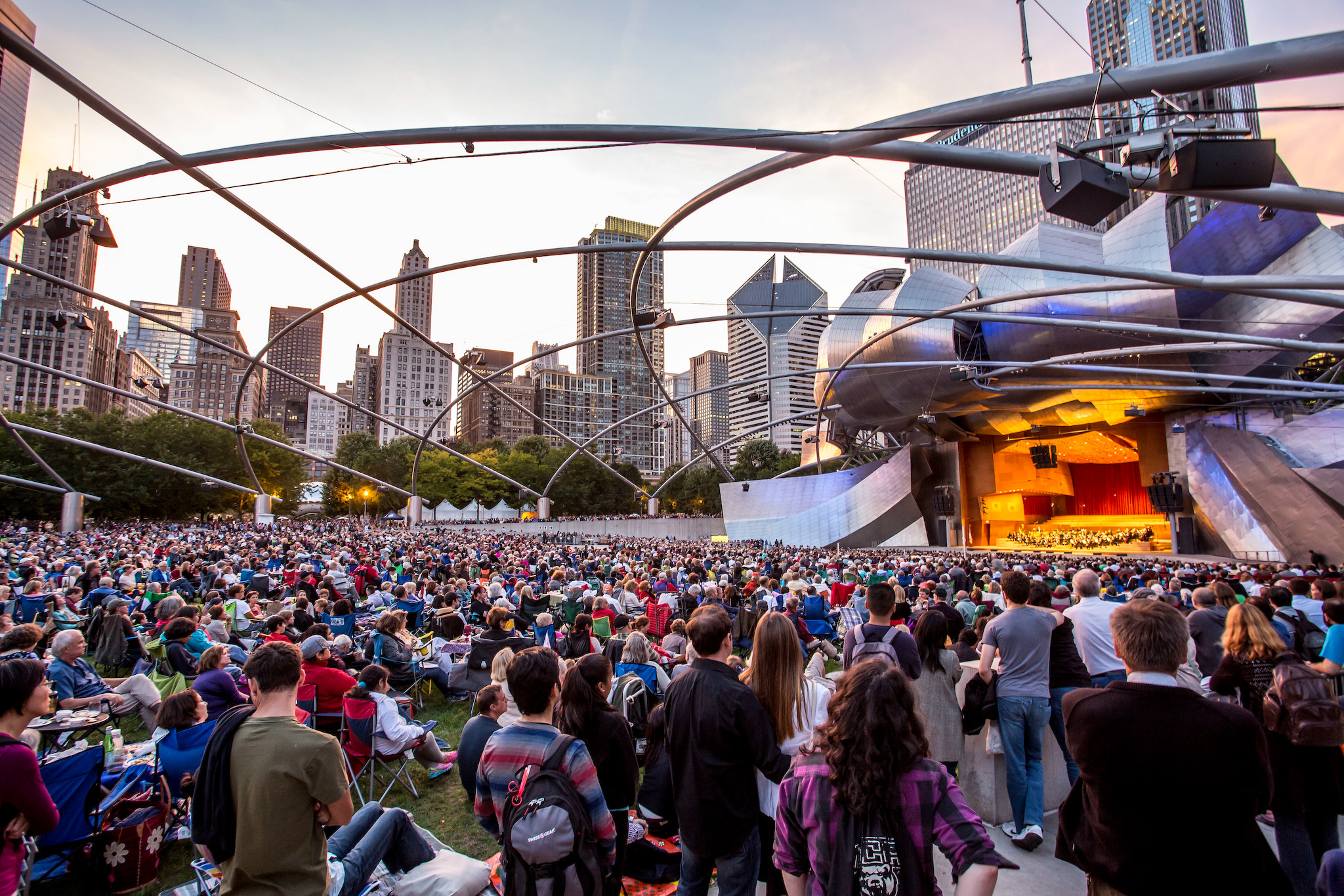 Catch a free concert in Millennium Park