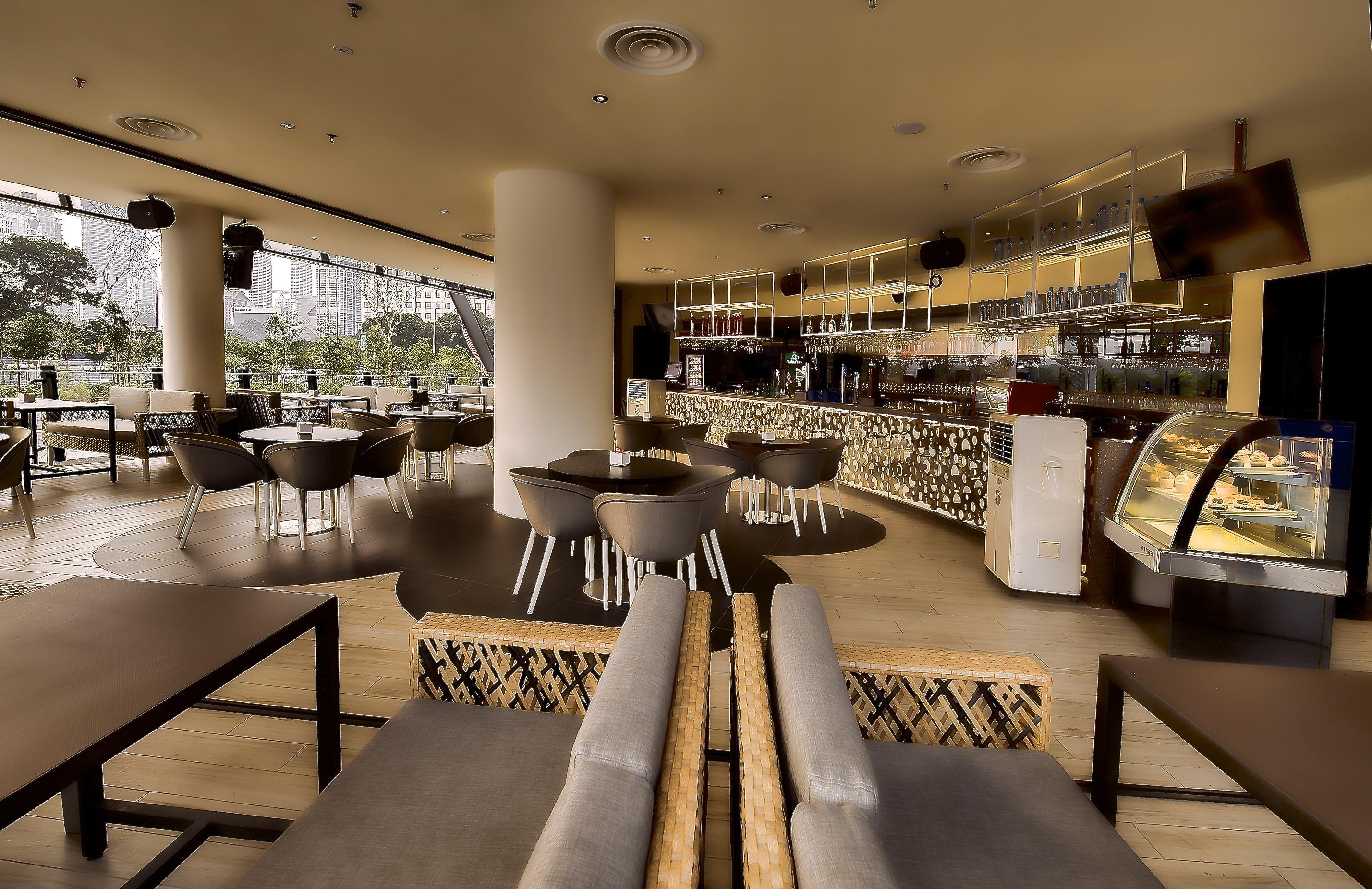 Zouk Café Bar