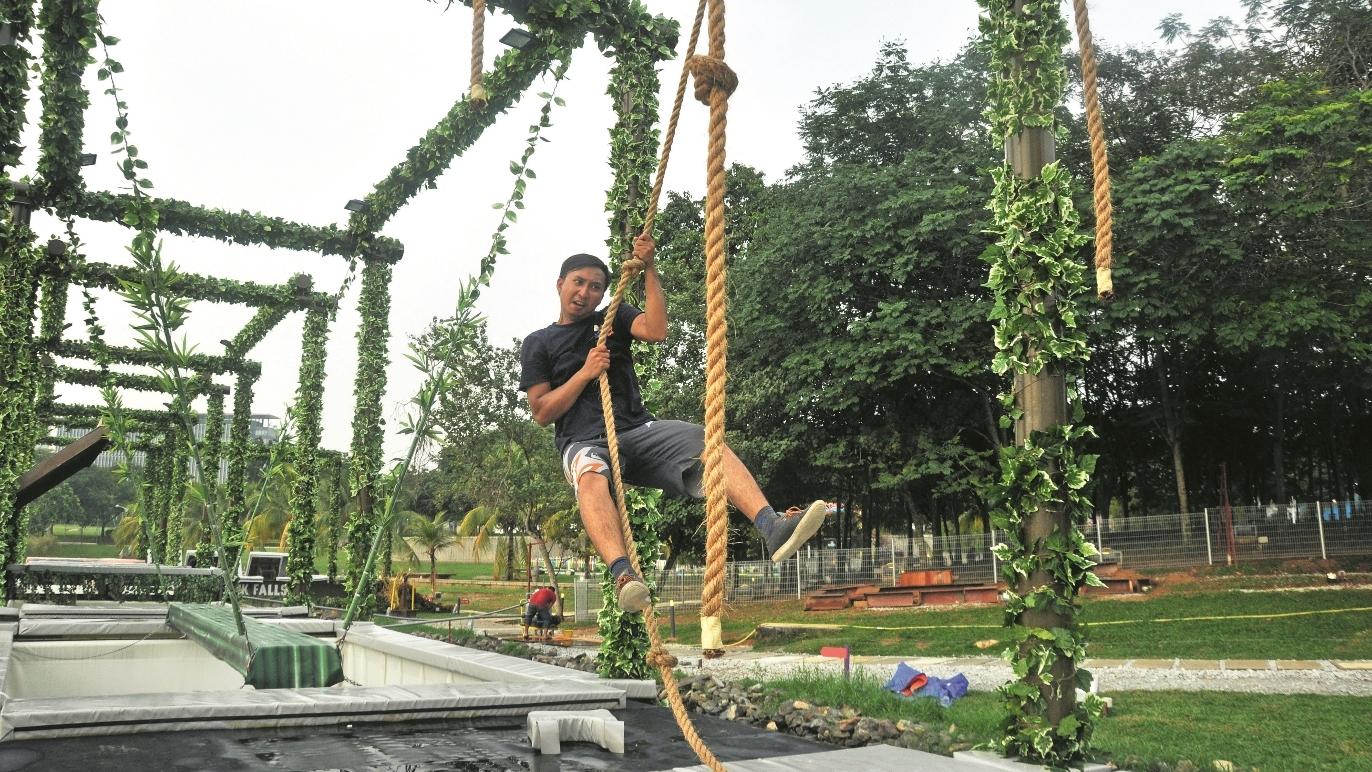 Kinabatangan Swing
