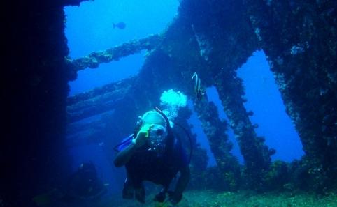 4. 時代の異なる沈没船が眠る