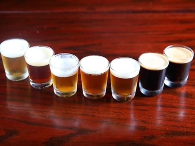 27. 地ビールを飲み比べる