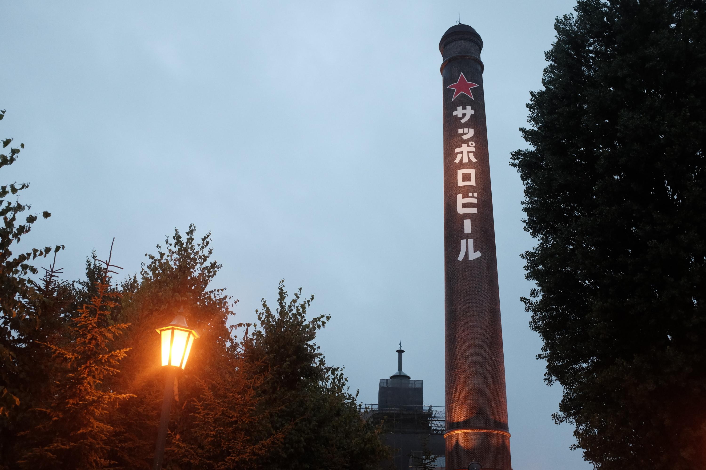 ビールとジンギスカンには歴史的建造物を選ぶ。