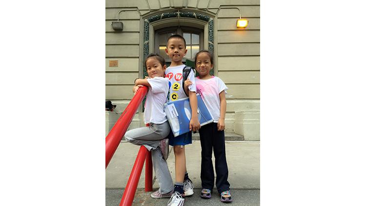 Giovanna (7), Rafael (9) and Adrianna (7), Times Square