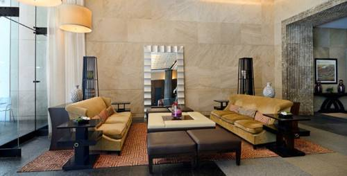 Financial District 3 Bedrooms - 17E