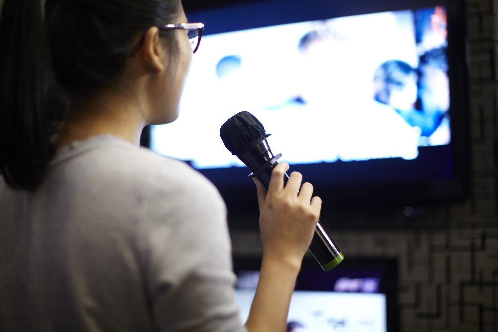 50 karaoke songs to sing now