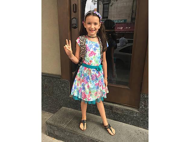 Ella (7), Manhattan