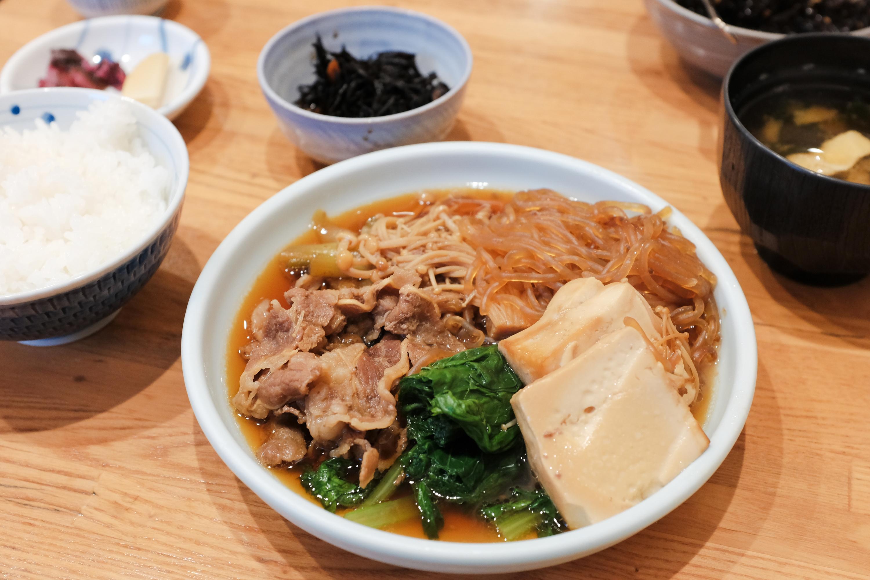 つくしんぼ『肉豆腐』(950円)