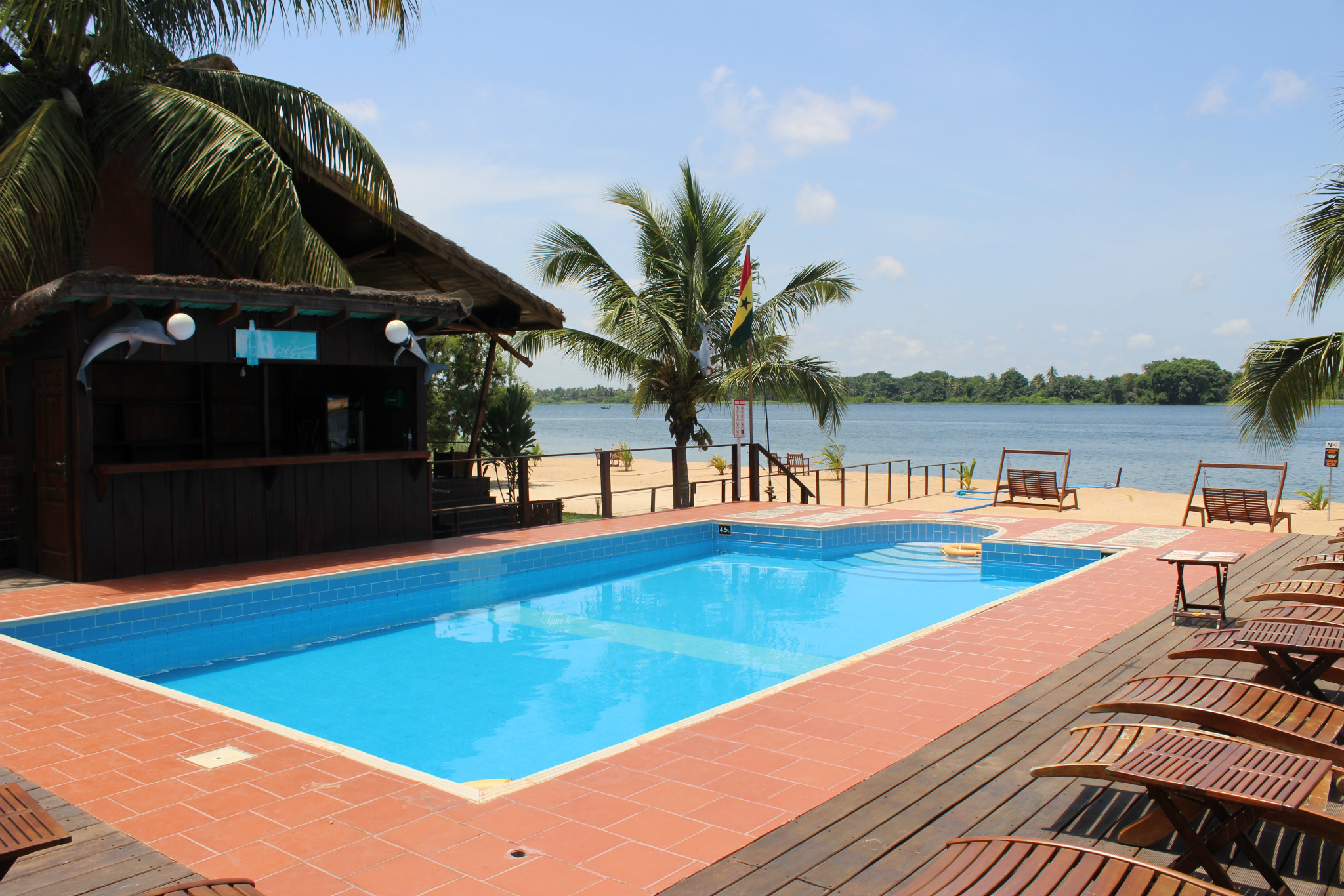 Slow down your pace at Aqua Safari Resort