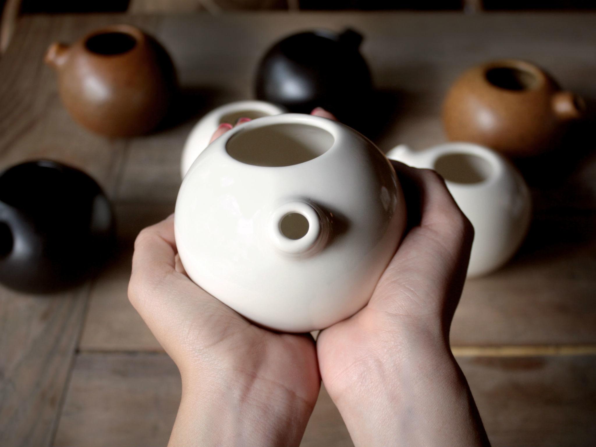 MUNE es un estudio que trabaja con cerámica
