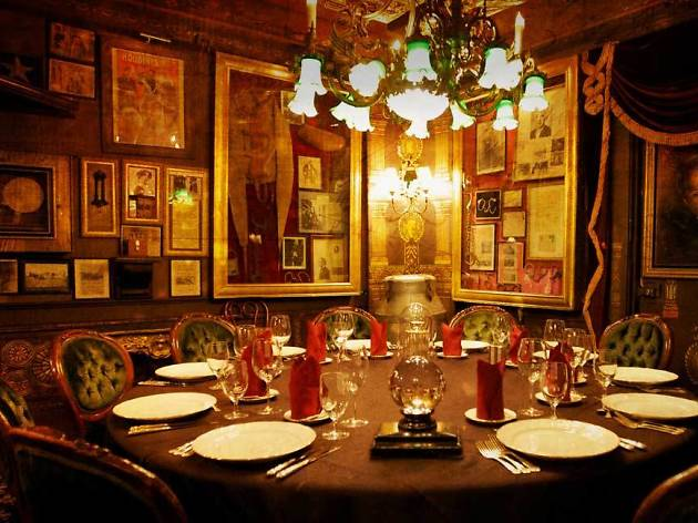 5 Ways To Get Into The Magic Castle
