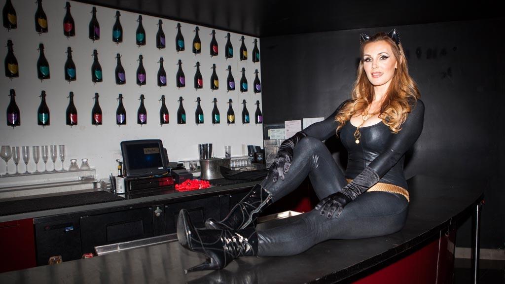 Tanya Tate as Catwoman at FSC After Dark: Capes & Panties