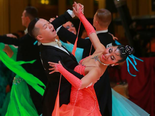 Waltz or Tango on the Move!