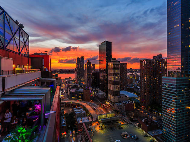 Sky Room Bars In Hell S Kitchen New York