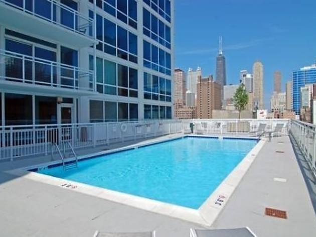 6 River North apartments with amazing outdoor spaces