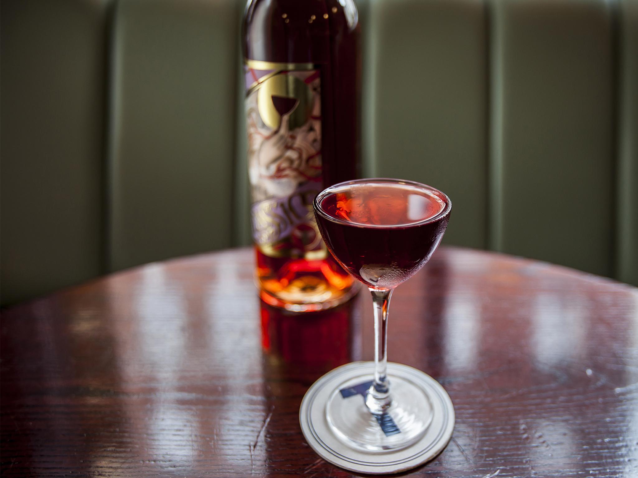London's signature cocktails, bar termini, negroni