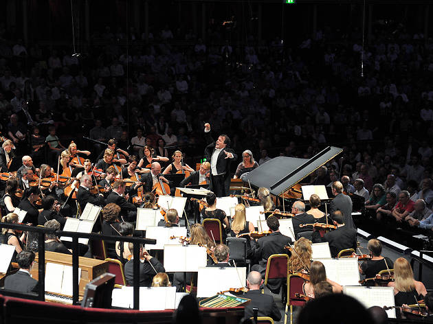 Viktoria Mullova and the BBC Philharmonic