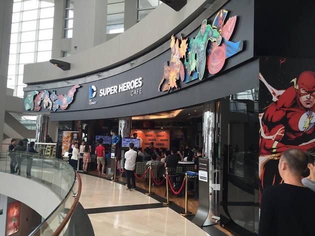 Dc Comics Super Heroes Caf 233 Restaurants In Marina Bay