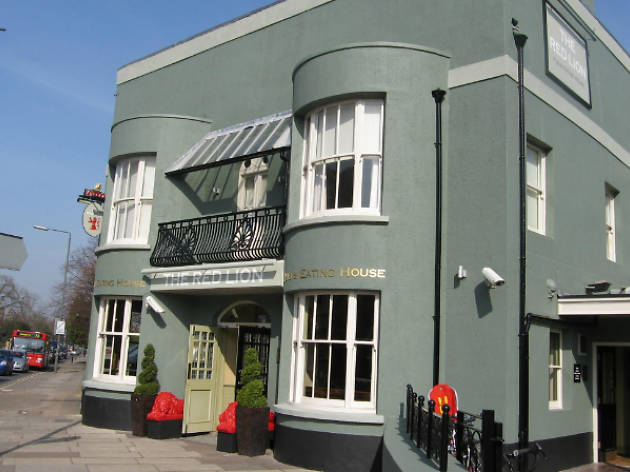 The Red Lion (Barnes)