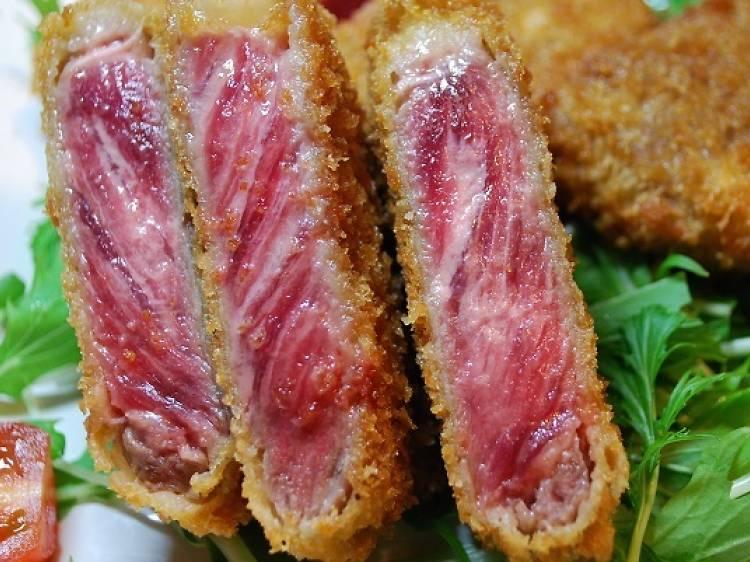 肉料理で満たされる。