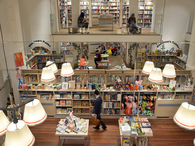 101 Things To Do in London: Foyles'