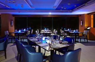 Seafood dinner buffet at Eat Restaurant