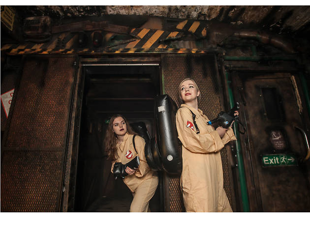 Halloween costumes in London: Ghostbusters