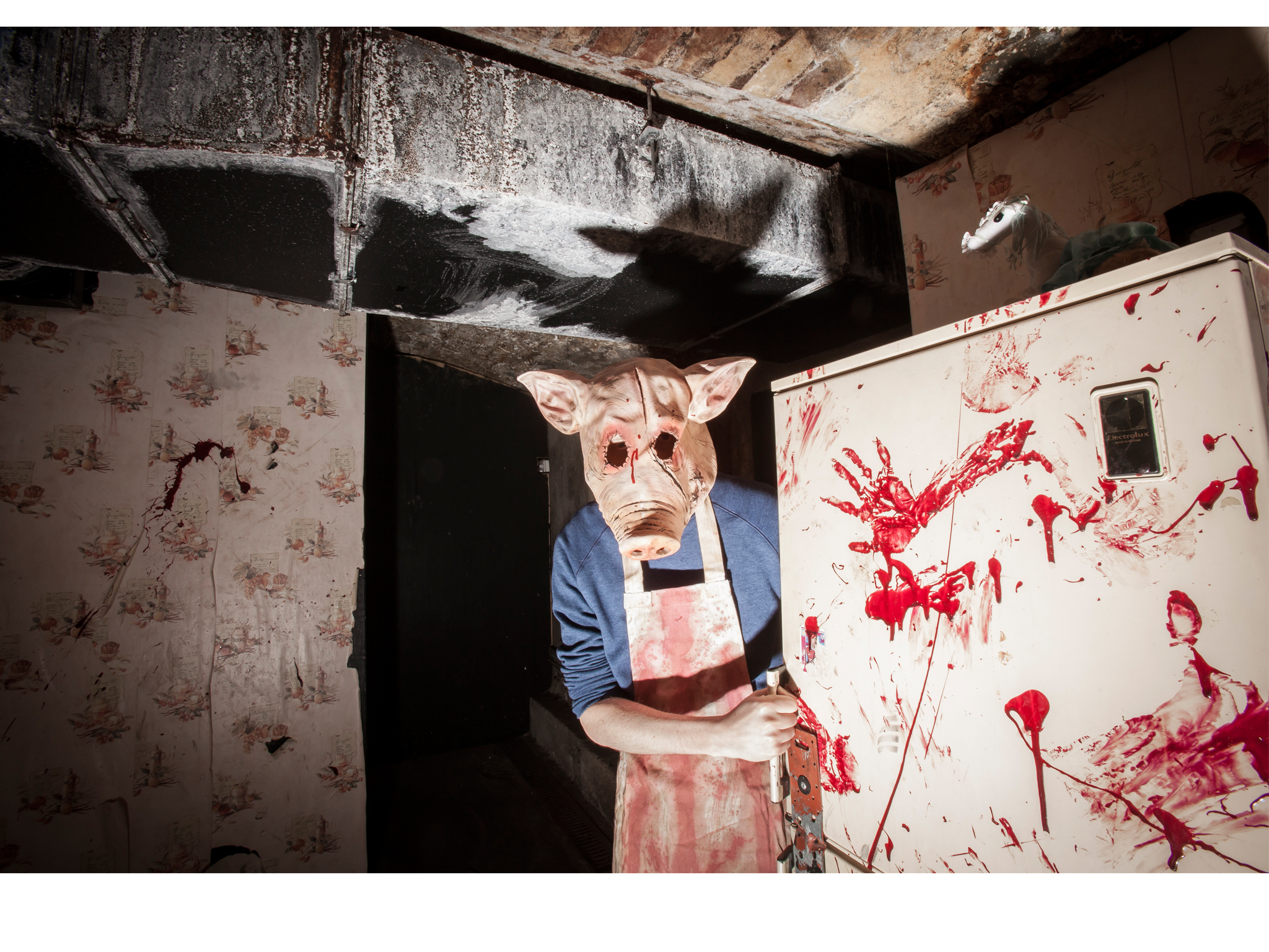 Halloween costumes in London: Pig Butcher