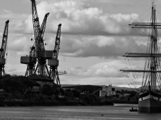 tall shop, cranes, river clyde