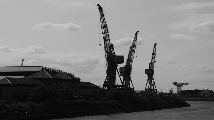 cranes, river clyde