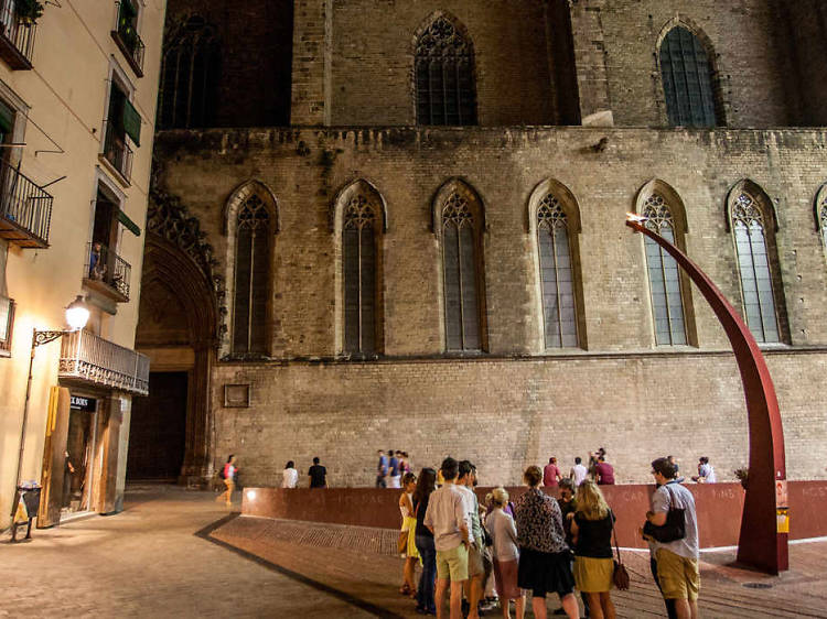 Medieval torture and dark history tour