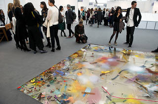 (Samara Scott, The Sunday Painter, Focus section, Frieze London 2015. Photo: Linda Nylind. Courtesy of Linda Nylind/Frieze.)