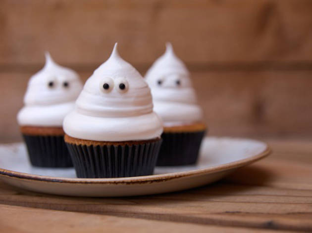 Ghost cupcakes at Playa Provisions