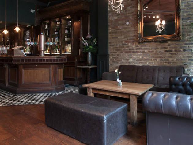 The Lamb, pub, Chiswick