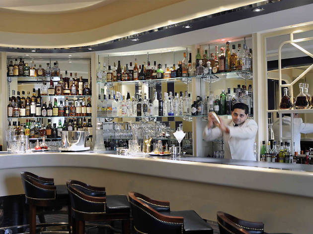 Champagne bars in London, American Bar at the Savoy