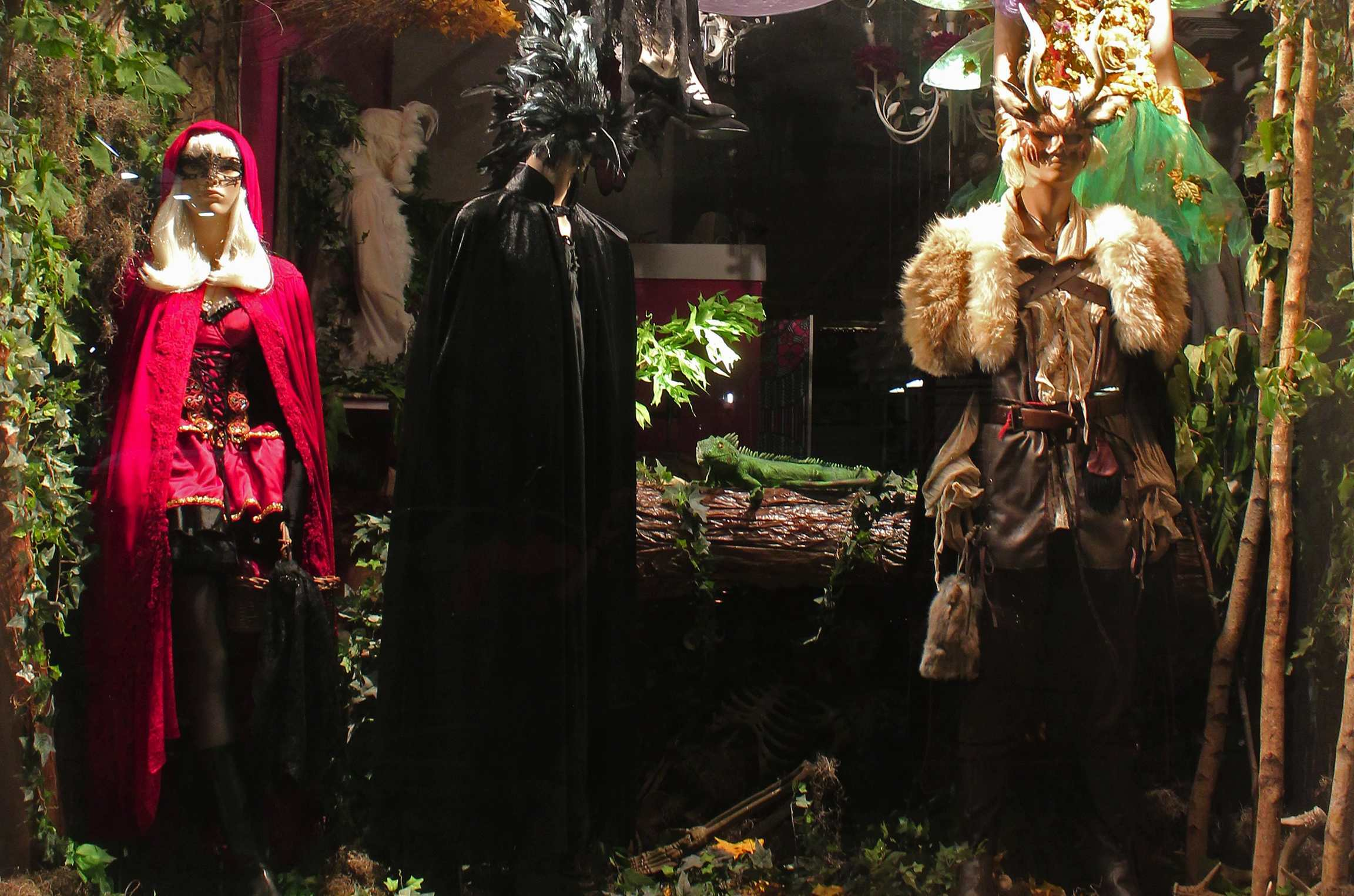 The best thrift and vintage stores for Halloween costumes