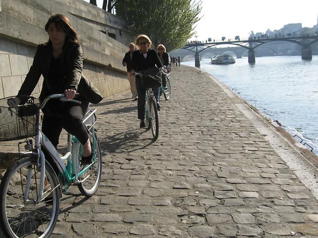 Découvrir Paris à vé-l'eau