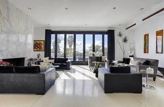 BV Beverly Hills Manor