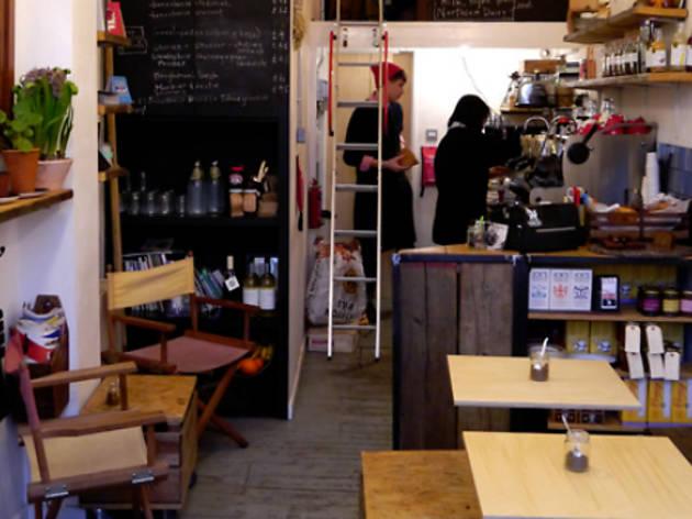 Sip: 46b Espresso Hut