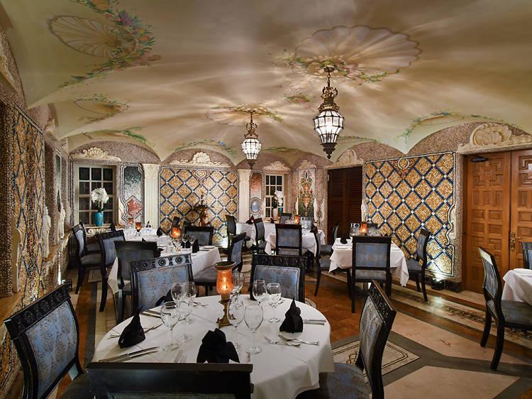 Gianni's at The Villa