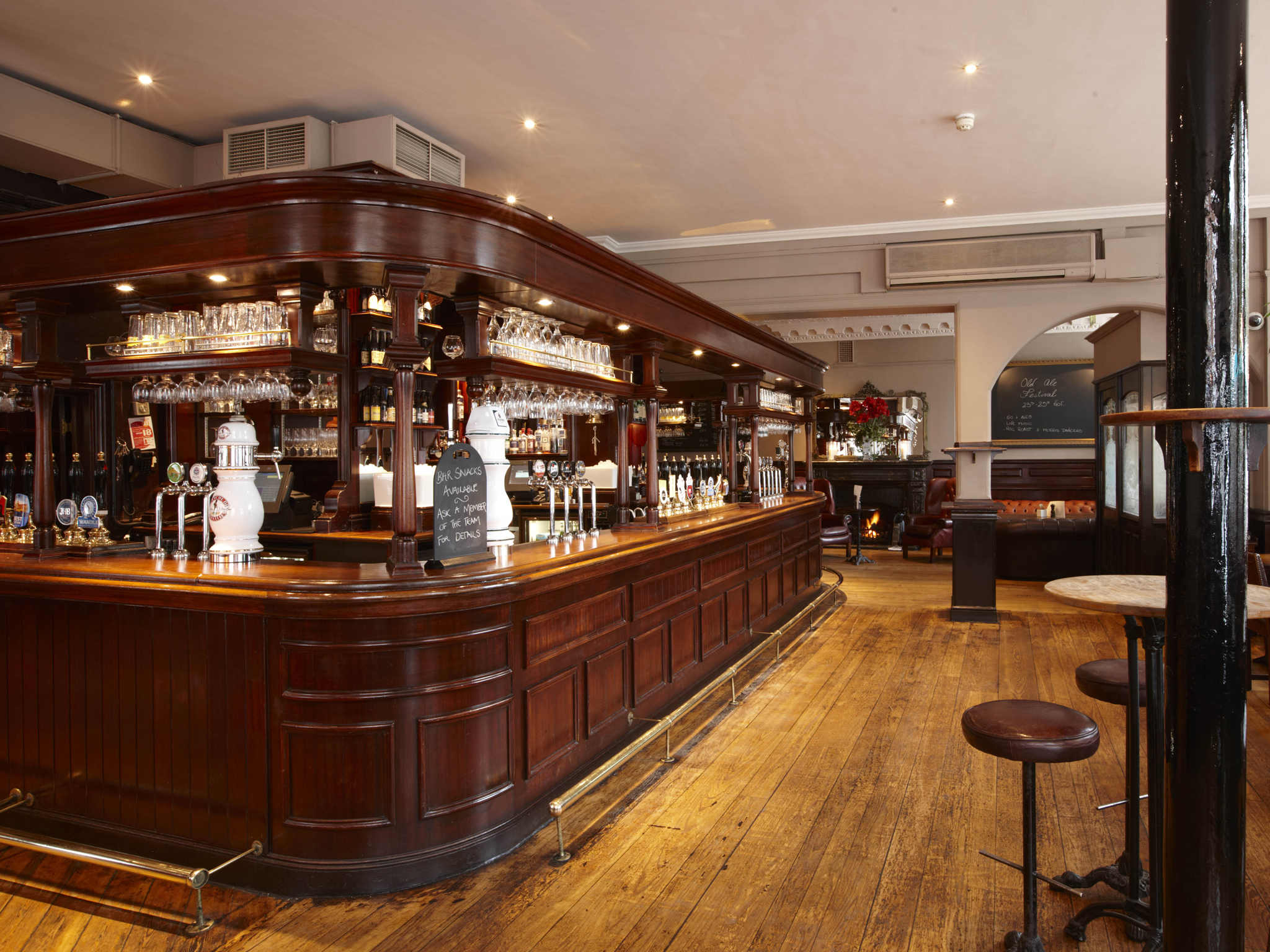 best craft beer bars in london, the white horse
