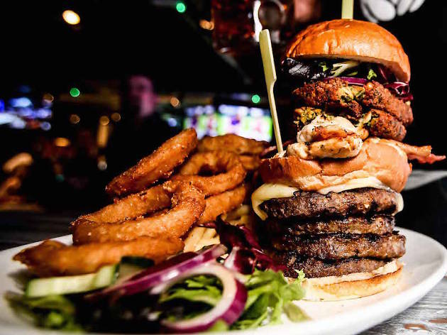 Restaurants With Food Challenges In Chicago