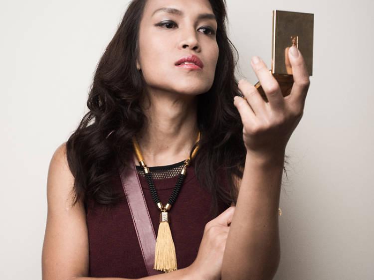 Torraty Singanipar, hairstylist and makeup artist