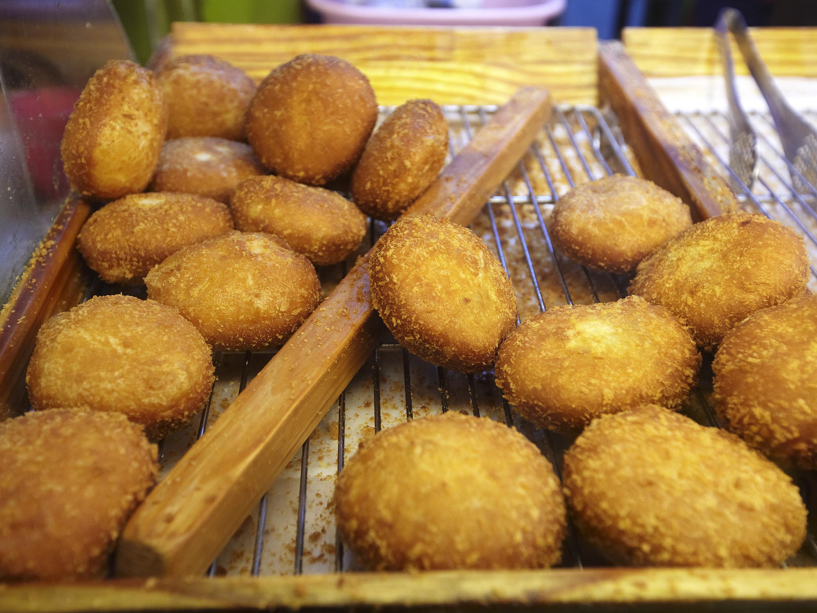 Hwang In-ho's wondang handmade korokke (croquette)