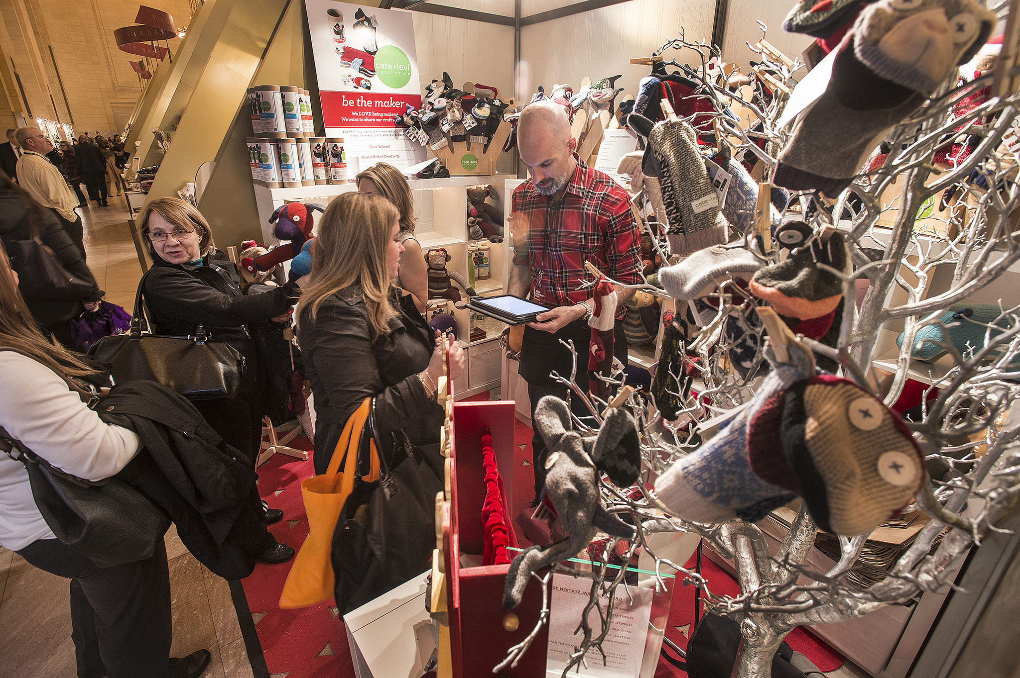 Grand Central Holiday Fair opens November 16