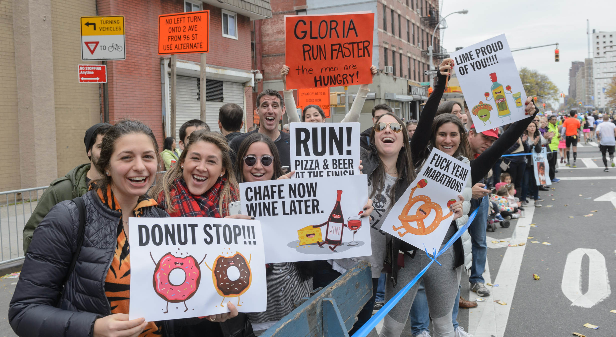 The 20 best signs from the 2015 NYC Marathon