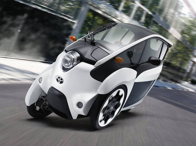 未来の車を運転できる